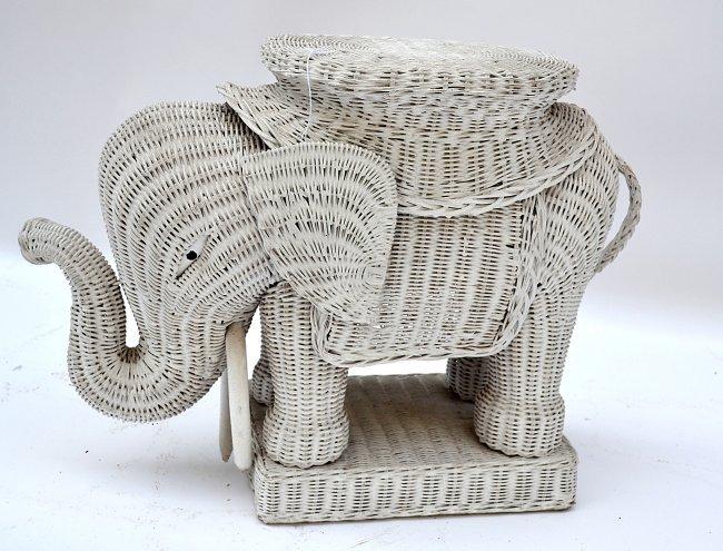 Vintage Wicker Elephant Form Side Table Lot 70