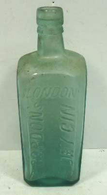 Gordons Gin Embossed SQ Bottle