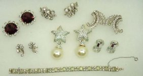 Beautiful Designer Sgnd Vtg. Rhin. Jewelry