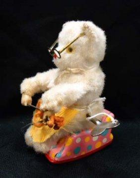 Keywind Knitting Bear