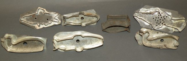 547 7 fish shaped cookie cutters lot 547 for Fish shaped cookie cutters