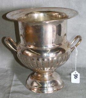 """Silver Plate Wine Bucket. H:10"""""""