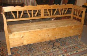 CONTINENTAL 19TH CENTURY PINE BENCH
