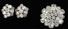 Rhinestone Brooch And Earrings Weiss