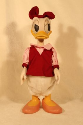 Anri Woodcarving Of Daisy Duck