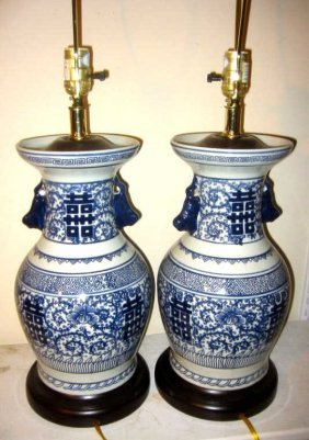 pair of chinese blue and white lamp bases lot 185. Black Bedroom Furniture Sets. Home Design Ideas