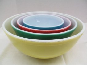 Vintage Set Of Multi Colored Pyrex Mixing Bowls ~ 4