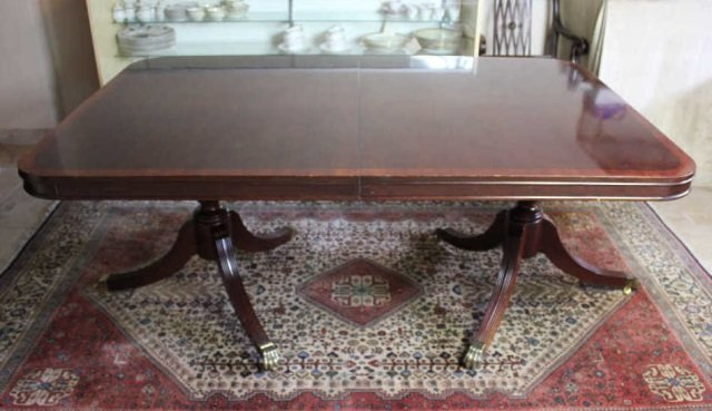 Claw Foot Dining Room Table Lot 108