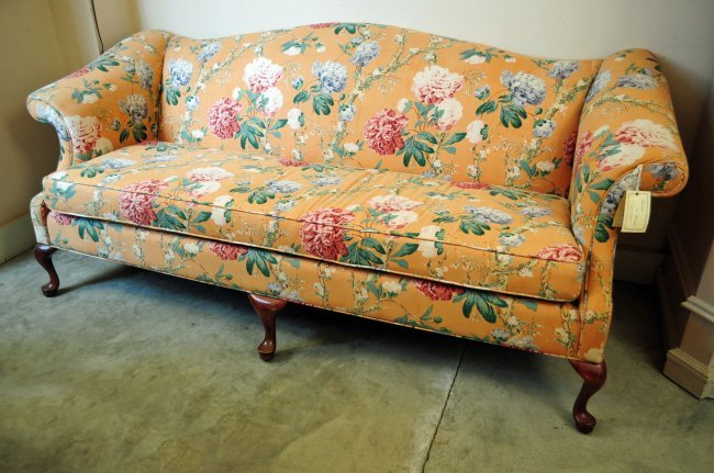 Hickory White Floral Peach Camel Back Sofa Lot 67