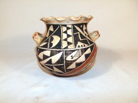 Early 1900s Acoma Pueblo Decorated Handmade Pot Wit