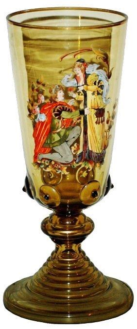 Cavalier Couple Amber Glass Pokal W Prunts