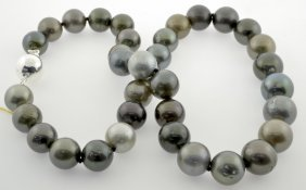 Tahitian Pearl Necklace Appraised Value: $14,522