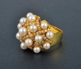 Chanel-like Diamond And Pearl Dome Ring