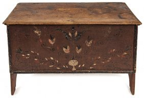 Conn. Decorated Six-board Blanket Chest