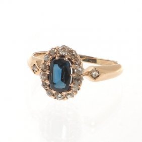 Ring With Sapphire, XIX/XX Th Century Gold  ~ 0,585,