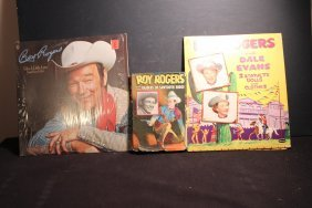 3 Pieces Of Roy Rogers Books 1946 - Statuette With