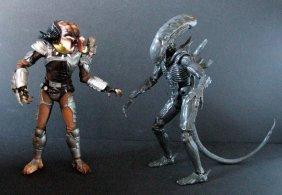 "Alien Vs Predator 12"" Figure Set - Medicom, 1996 - Both"