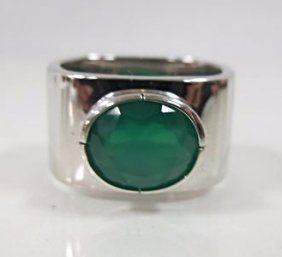 Gents Sterling Silver Green Agate Ring