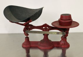 Antique Cast Iron General Store Scale