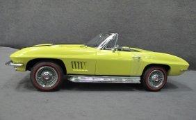 1/12 Scale 1967 Chevrolet Corvette Sting-Ray 427