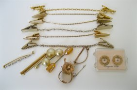 Mixed Lot Of Vintage Apparel Accessory Items