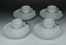 Eight (8) Piece Japanese Porcelain Plate & Cup Set
