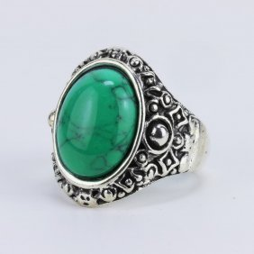 A Turquoise Silver Ring