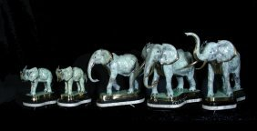 GROUP OF FIVE GRADUATED BRONZE ELEPHANTS