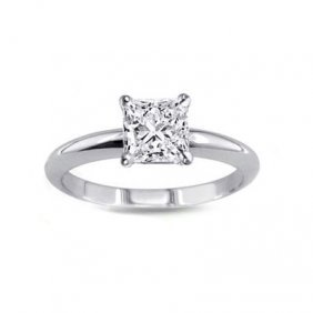 0.90 Ct Princess Cut Diamond Solitaire Ring, G-H, VS