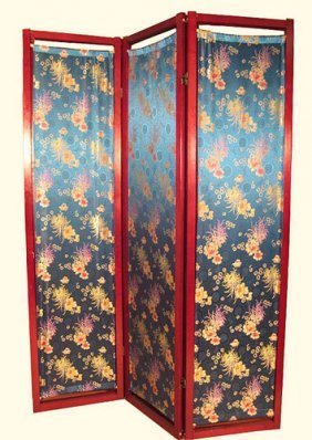 Oriental Folding Screen With Silk Crysanthemum Design