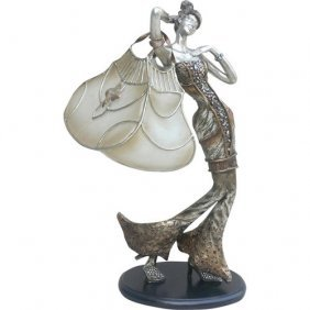 Lady With Purse Lamp