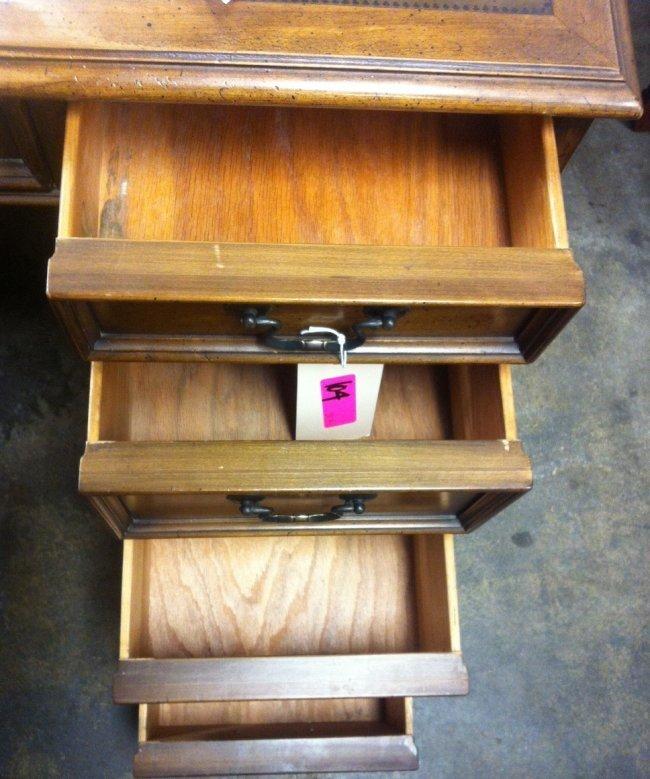 104: Vintage Sligh Lowry Wooden Desk : Lot 104