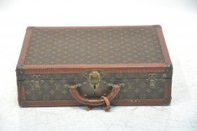Vintage Louis Vuitton Case With Keys
