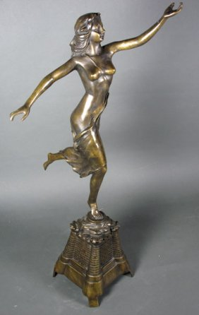 FIGURAL BRONZE SCULPTURE
