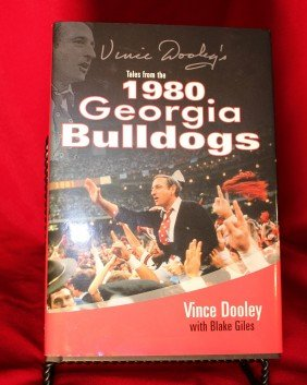 VINCE DOOLEY SIGNED 1980 GEORGIA BULLDOGS BOOK