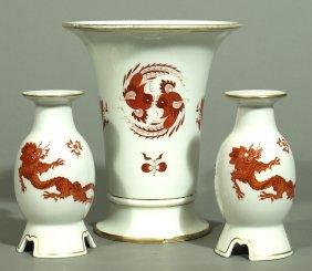 Vase Und Zwei Einflammige Kerzenleuchter, Meissen.