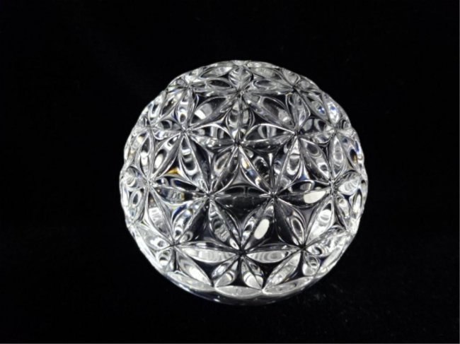 Waterford crystal paperweight times square 2000 lot 229 - Waterford crystal swimming pool times ...