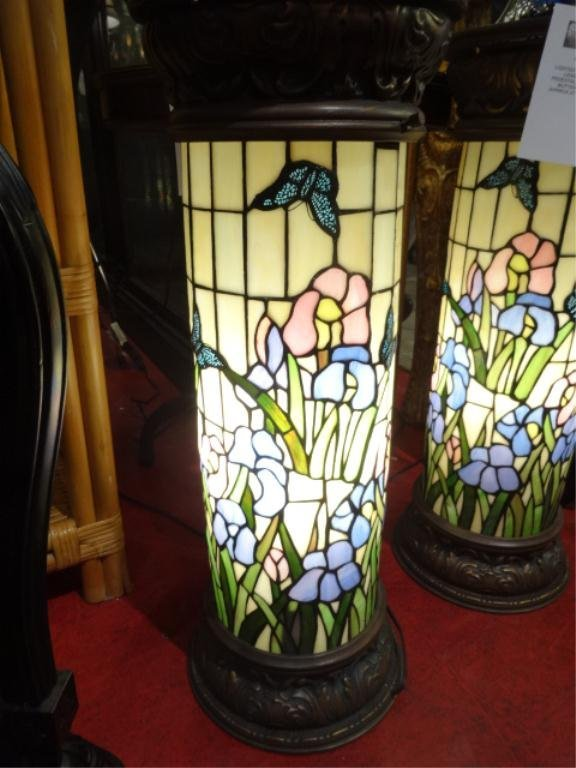 Lighted Tiffany Style Stained Amp Leaded Glass Pedestal