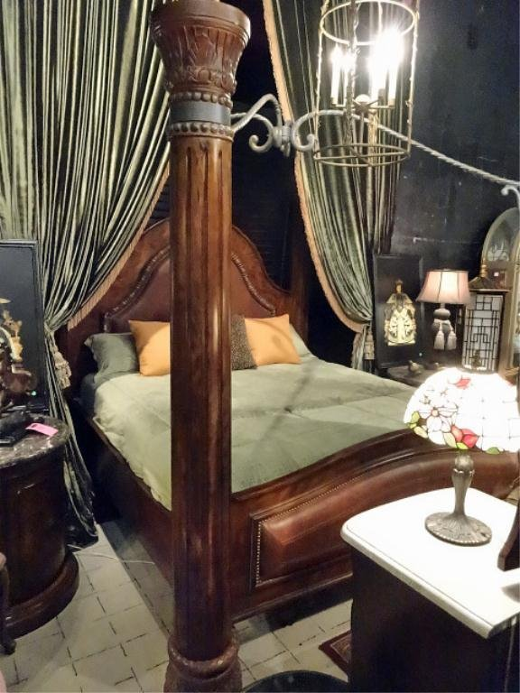 collezione europa king leather bedroom set includes 4 lot 77. Black Bedroom Furniture Sets. Home Design Ideas
