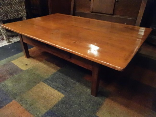 Shaker Style Wood Coffee Table Approx 4 5 X 3 39 Lot 20c