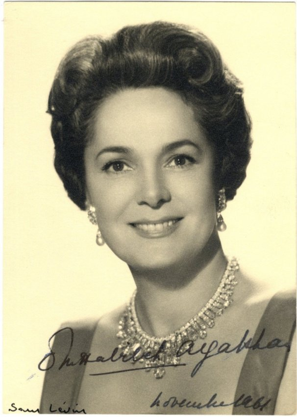 774 OM HABIBEH AGA KHAN BEGUM: (1906-2000) Fourth and l ...