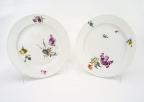A Meissen (marcolini) Pair Of Cabinet Plates Painted