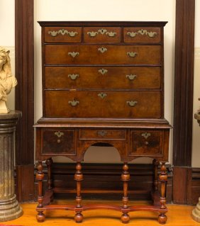 A Walnut Chest On Stand, English, Circa 1720105 Cm