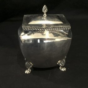 An Edward Vii Sterling Silver Tea Caddy By William