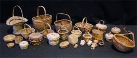 """Large Group Of Baskets, Largest Measures 6"""" In Diam"""