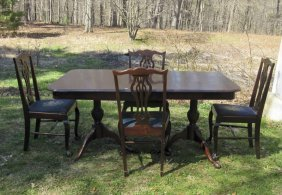 Mahogany Dining Table With Four Chairs. Condition:
