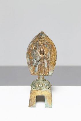 Arte Cinese A Gilt Bronze Statue Depicting A