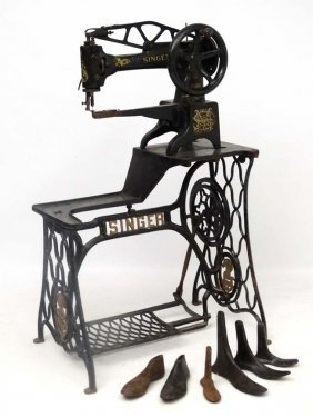 Sewing Machine : An Unusual Leather Workers / Cobblers