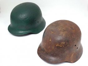 Militaria : A Wwii Hungarian - Issue Stahlhelm - Type