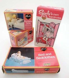 Retro Toys: A Set Of C1960/70s Pedigree '' Sindy ''